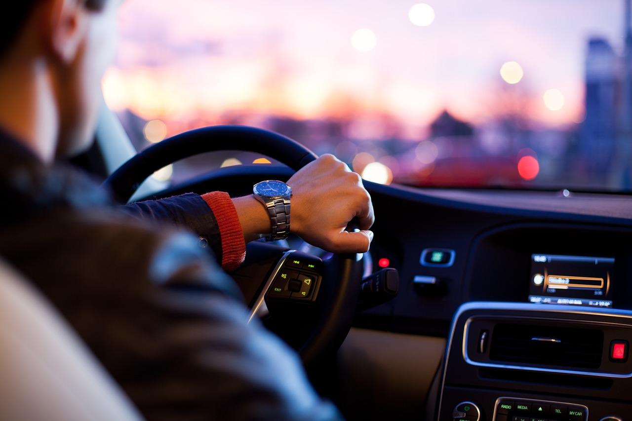 Prawo jazdy – jak sprawdzić, kiedy będzie gotowe do odbioru?