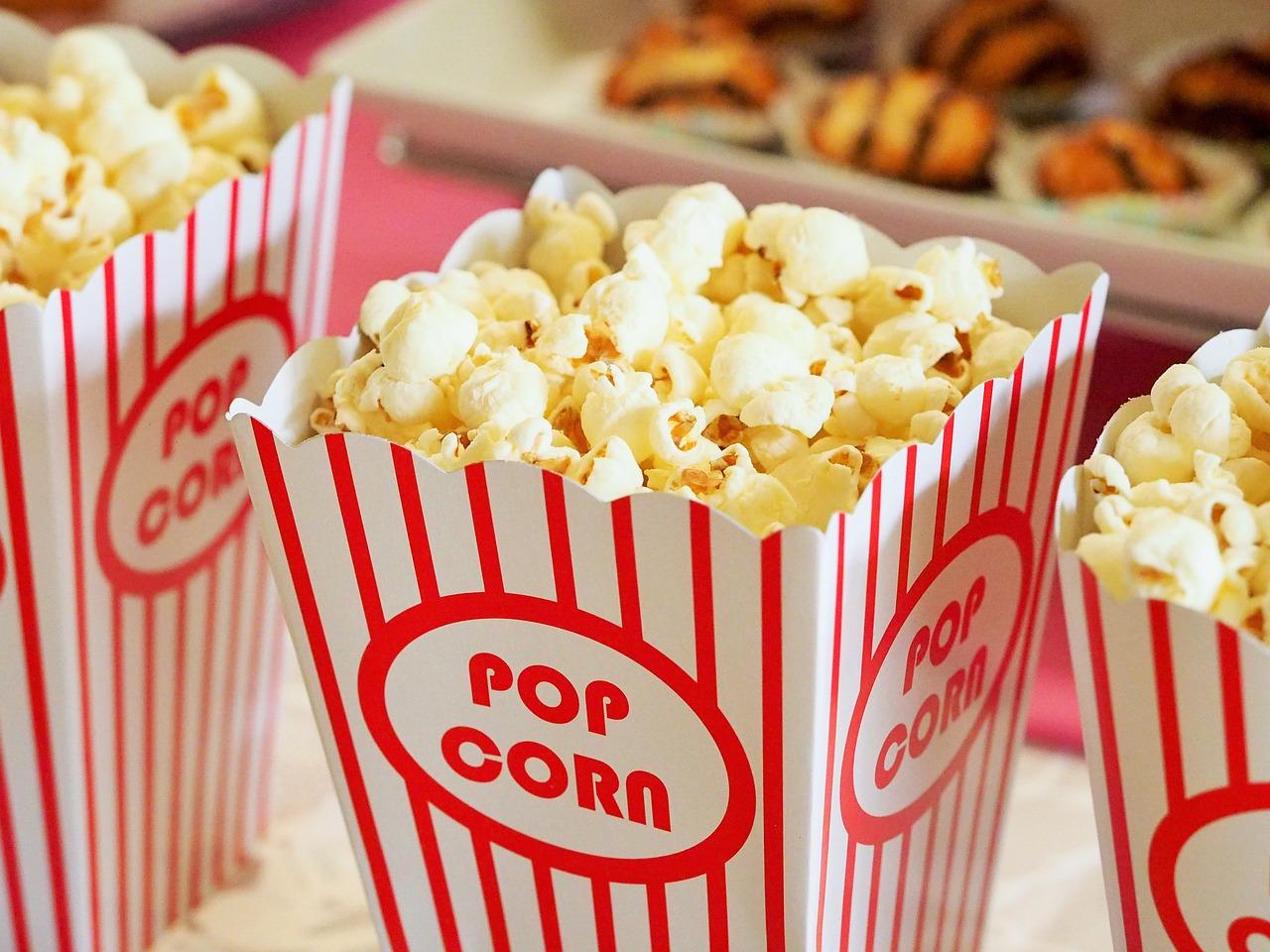 Gdzie legalnie oglądać filmy w internecie? Poznaj bezpieczne strony z filmami!
