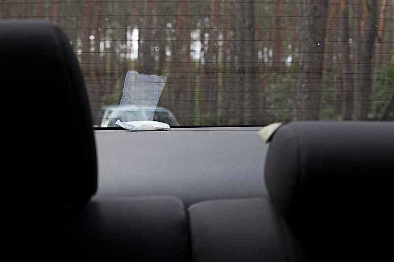 Parowanie szyb w samochodzie, jak temu zapobiec?