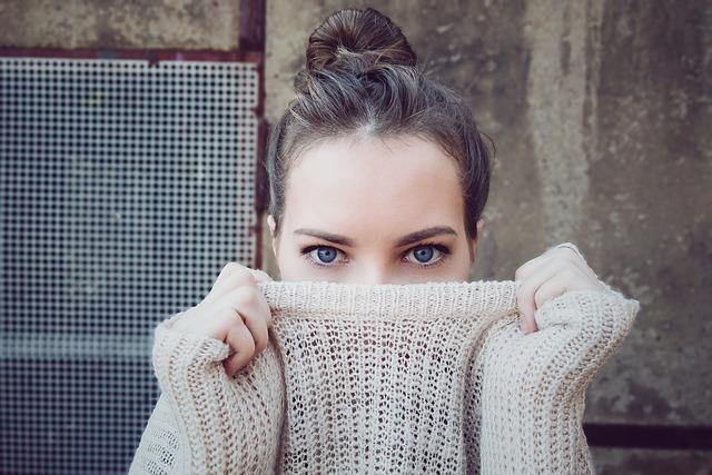 Wybór swetra na jesień - na jaki model się zdecydować?
