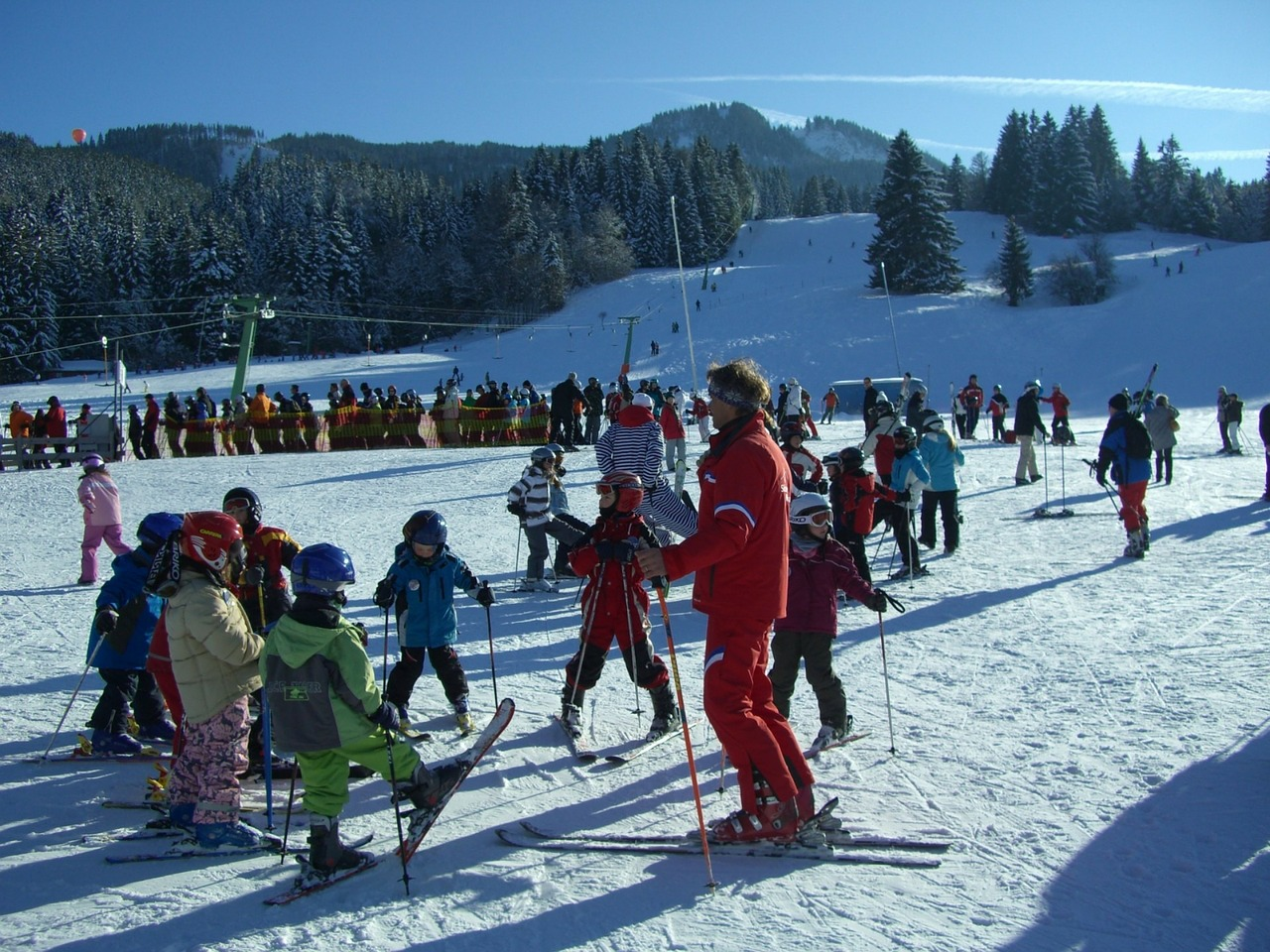Szkolenie narciarskie dla dzieci — jak przygotować dziecko?