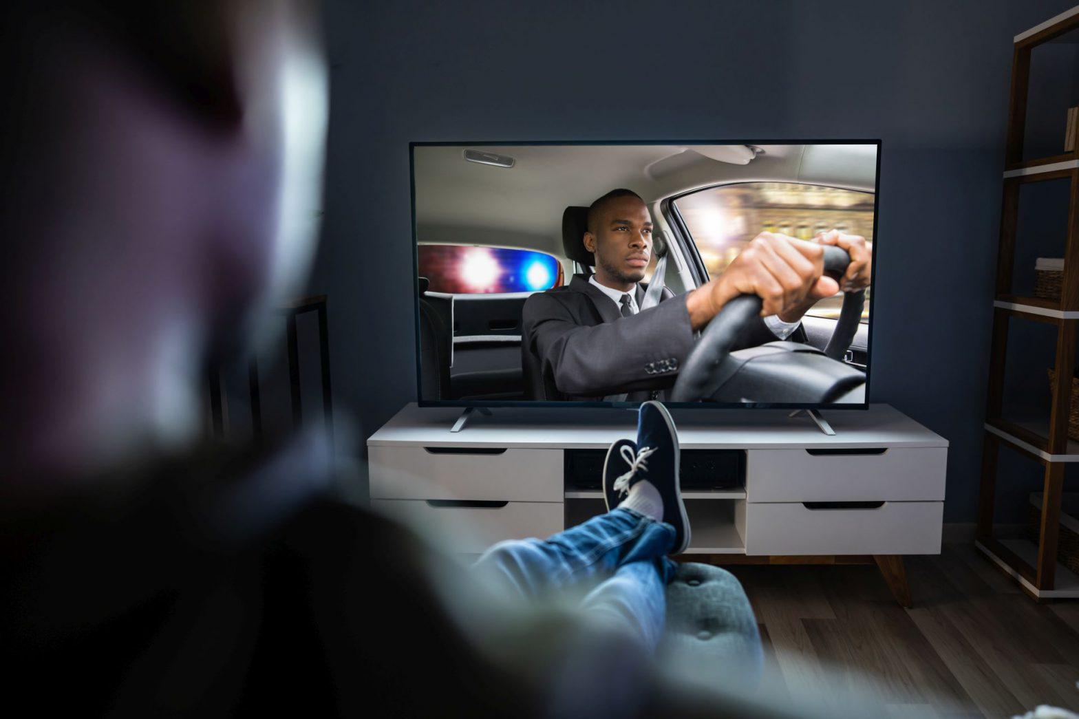 Multiroom i wybór kanałów TV – jak dopasować telewizję do swoich potrzeb?